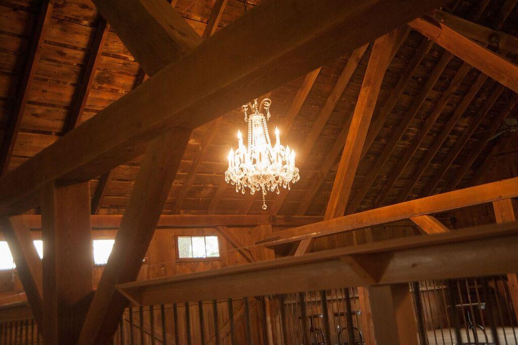 Inside Barn - Lights - Pointe D'Vine